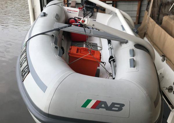Ranger Tugs R-29 image