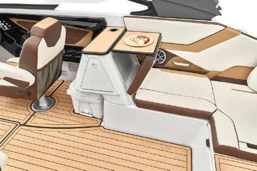 Yamaha Boats 252S image
