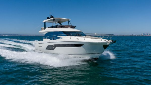 Prestige 520 Fly w/ Seakeeper