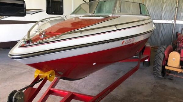 Chris-Craft LIMITED 225