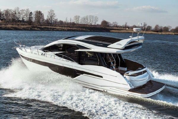 Galeon 510 Skydeck - main image
