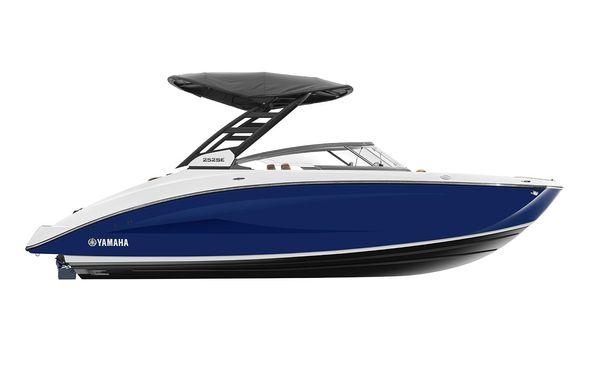 2021 Yamaha Boats 252SE