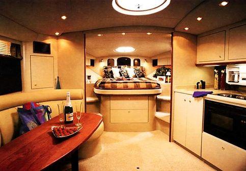 Cruisers Yachts 3870 Express image