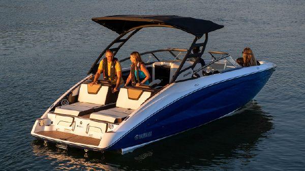 Yamaha Boats 252SD