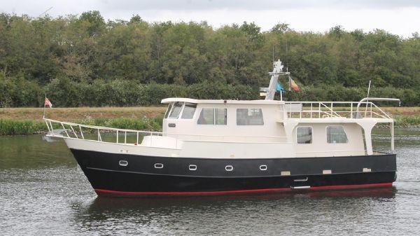Trawler 1400