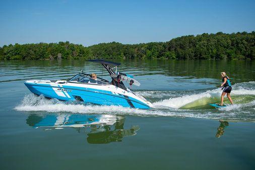 Yamaha Boats 212XD image