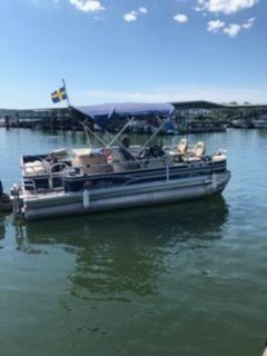 Sun Tracker 22DLX Fishin Barge XP3
