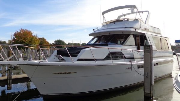 Chris-Craft 501 Motor Yacht Exterior 1