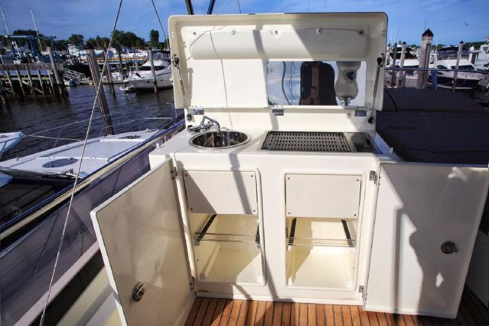 2013 Prestige 550 Fly Broker Buy