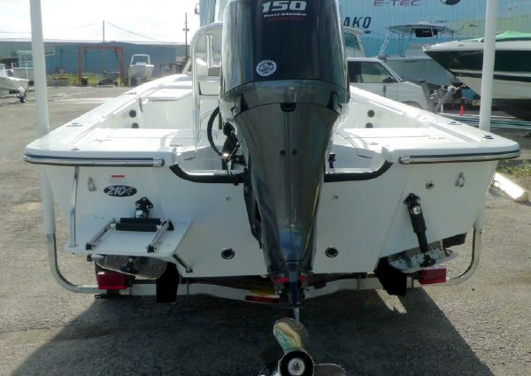 Frontier 2104 Meridian Powered By a Yamaha Vmax SHO F150 4-Stroke Outboard Motor … image