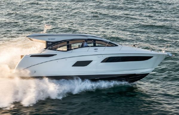 2018 Sea Ray Sundancer 400