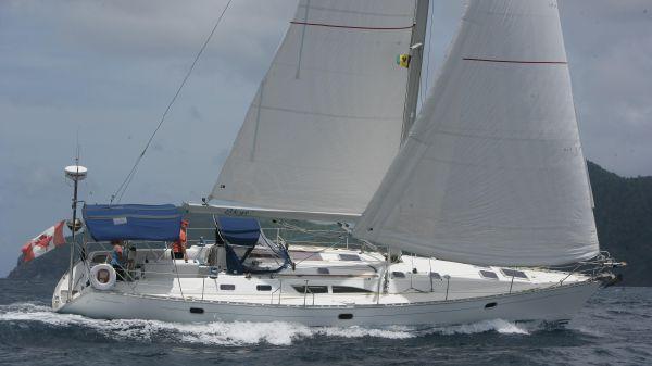 Jeanneau Sun Odyssey 45.2 Under sail/port tack