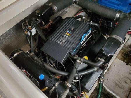 Maxum 3700 SCR image