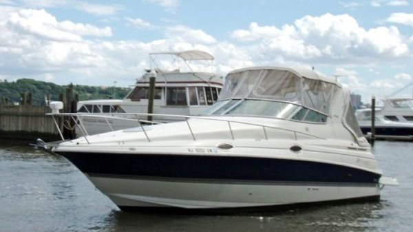 Cruisers Yachts 280 CXI Photo 1