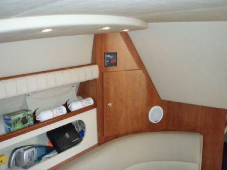 Cruisers Yachts 280 CXI image