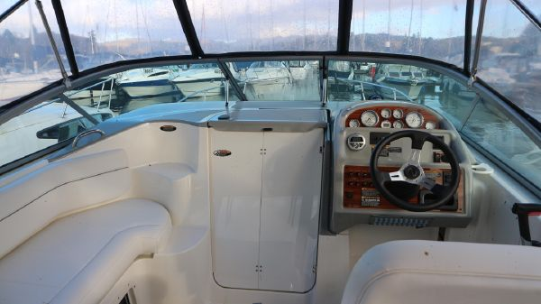 Bayliner 285 2008 helm Bayliner 285