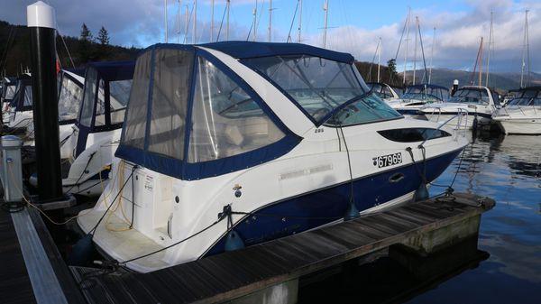 Bayliner 285 Bayliner 285 starboard side