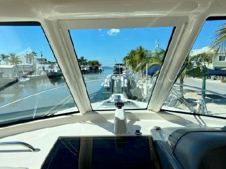Pursuit 315 Offshore image