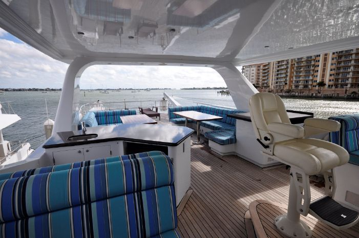 2001 Custom Luxury Motor Yacht Sell Buy