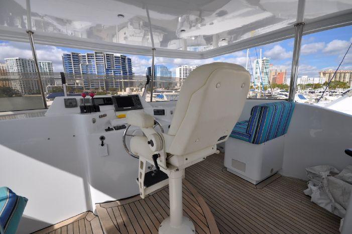 2001 Custom Luxury Motor Yacht Sell Purchase
