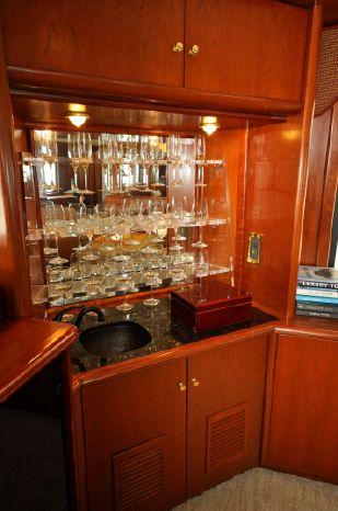 2001 Custom Luxury Motor Yacht Broker Purchase