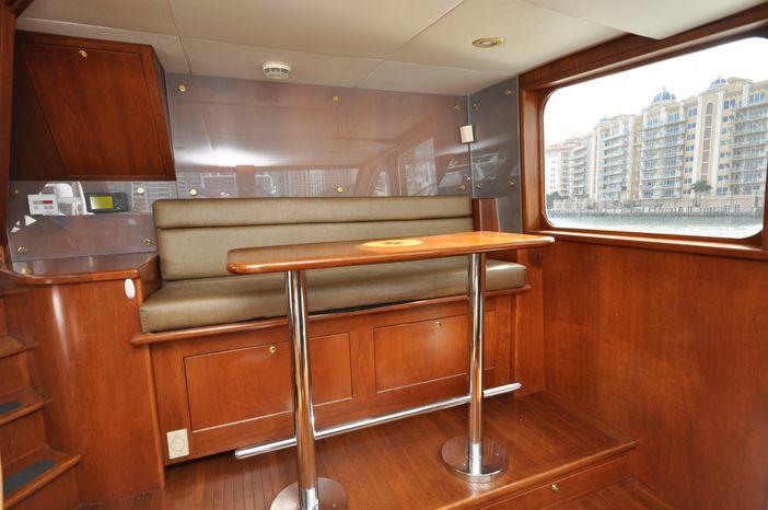 2001 Custom Luxury Motor Yacht Broker Massachusetts