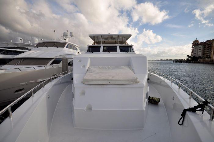 2001 Custom Luxury Motor Yacht Buy Sell