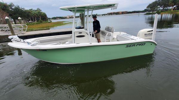 Sea Pro 219 Deep V