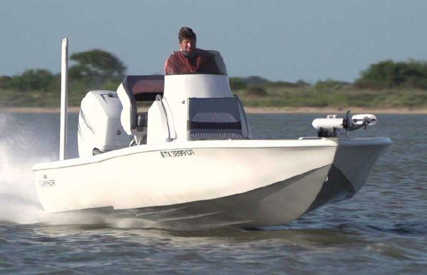 2019 Turner Boatworks 2410 VS