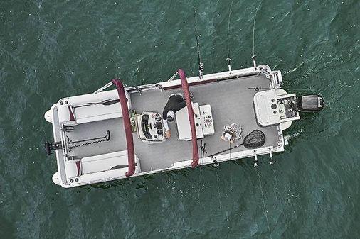 Angler Qwest 824 Troll image
