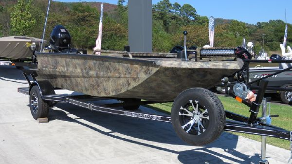 Excel 1651 Viper Duck Boat