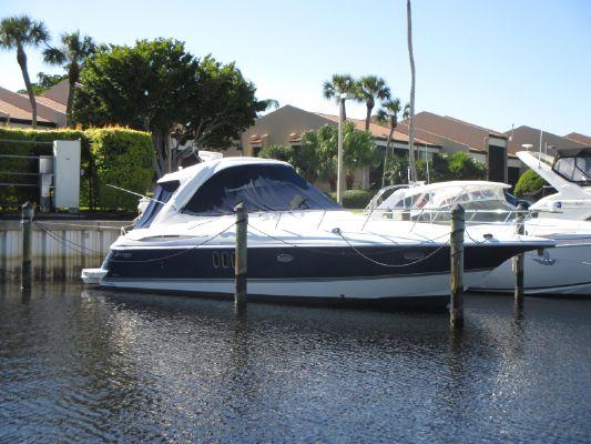 Cruisers Yachts 420 Express - main image