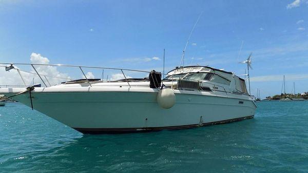 Sea Ray Sundancer 44