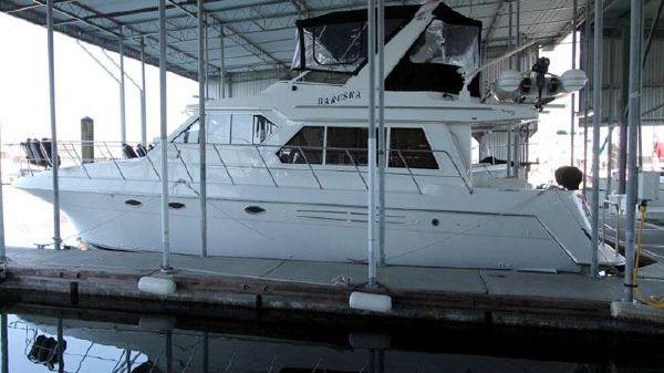 Navigator 4400 Classic Pilothouse Motoryacht