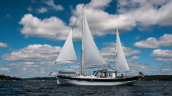 Bolger Shallow Draft Motorsailor Under Sail