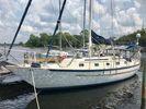 Pacific Seacraft Crealock 37image