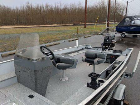 Lund 1600 Fury B3215U image