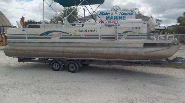 Smoker Craft 824 Fish-n-Cruise