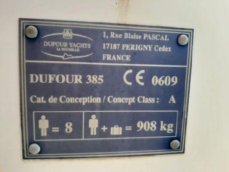 Dufour 385 image
