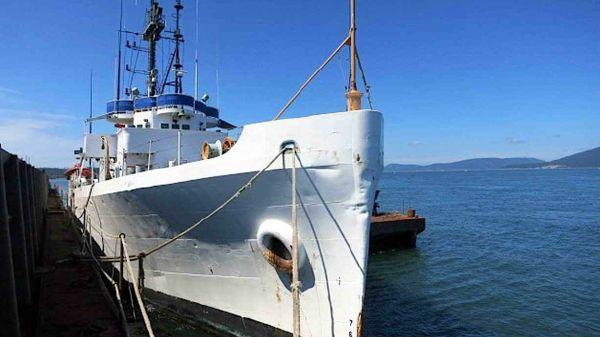 Coast Guard Cutter - Ex, Steel Hull