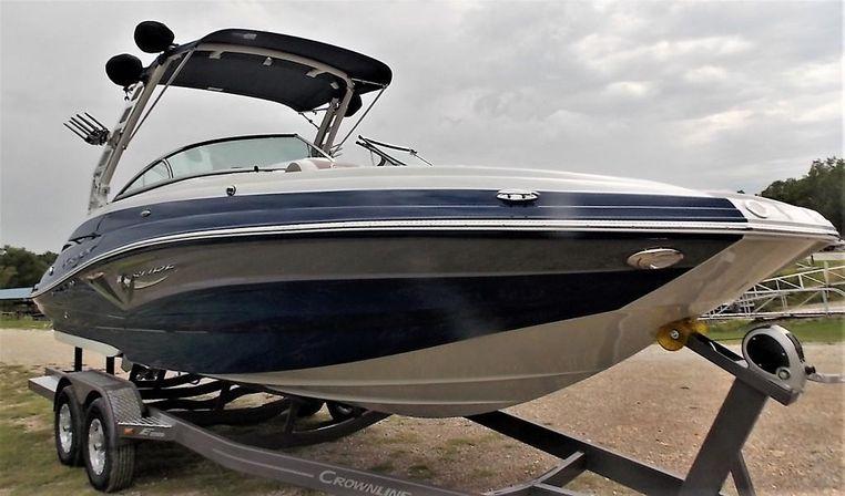 2019 Crownline E255 Surf Bernice, Oklahoma - Southwinds Marina
