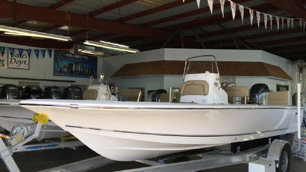 Tidewater 2110 Bay Max IN STOCK