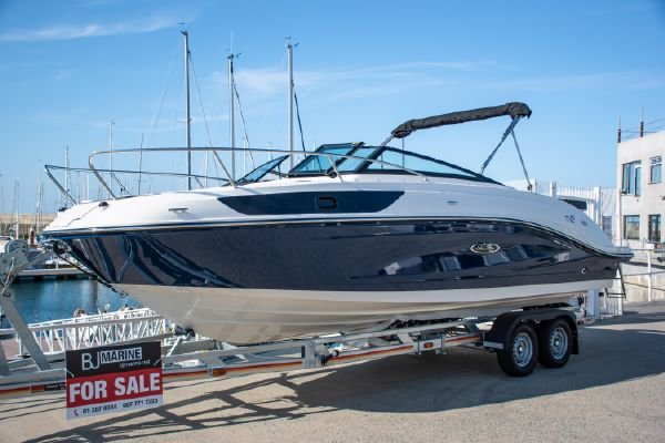 Sea Ray Sun Sport 230 - main image