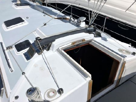 Pearson 424 Sloop image