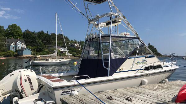 Boston Whaler 27 FC