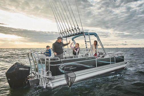 Angler Qwest 824 Family Fish Pro image
