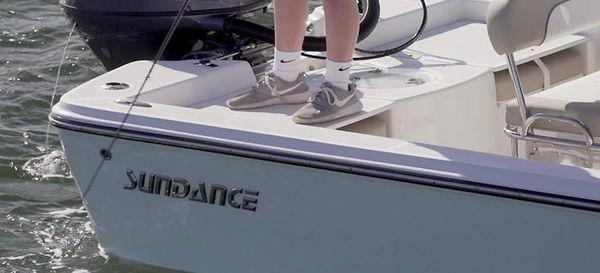 Sundance DX 18 Skiff image