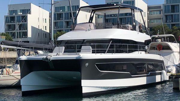 Fountaine Pajot Motor Yacht 40
