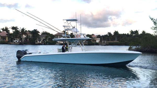 Bahama SeaKeeper Gyro equipped