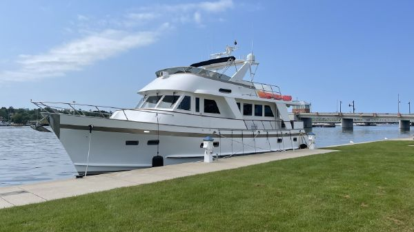 Grand Alaskan 64 Flush Deck Motoryacht